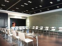 Salón Exposiciones Hotel Confortel Atrium